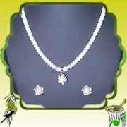 Send Ugadi Special Online Gifts to india Special Pearl Jewellery