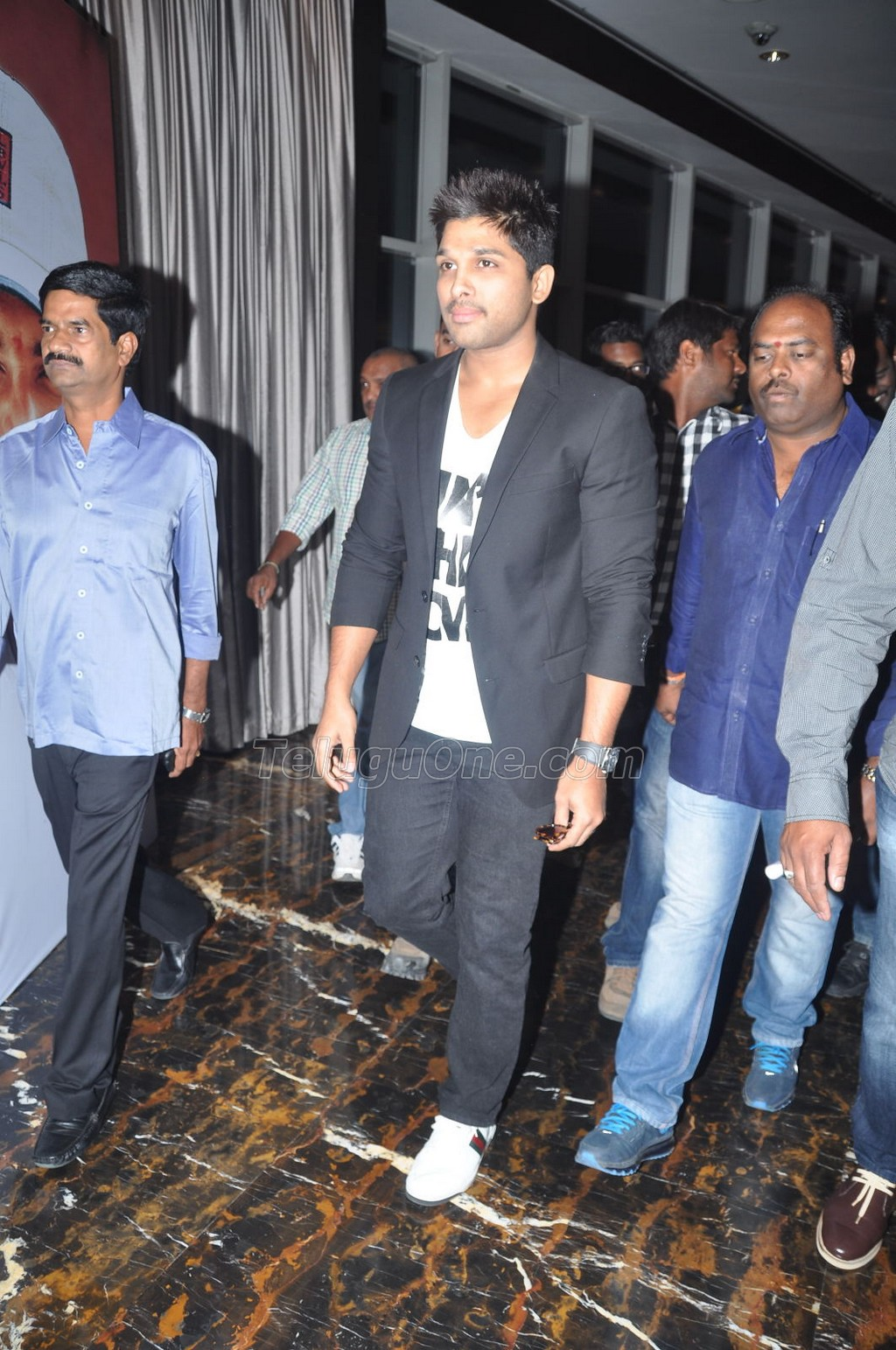 pilla nuvvu leni jeevitham audio success meet allu arjun