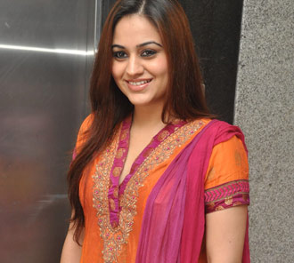 Aksha New Photo Pics