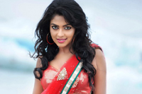 Amala Paul Photos in Nayak