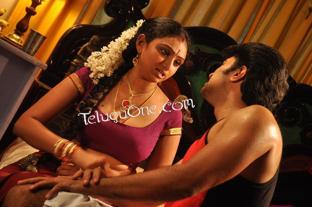 Tamil Shanthi Sexy Scene - xxx Mobile