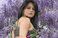 Anushka Black Saree Photos