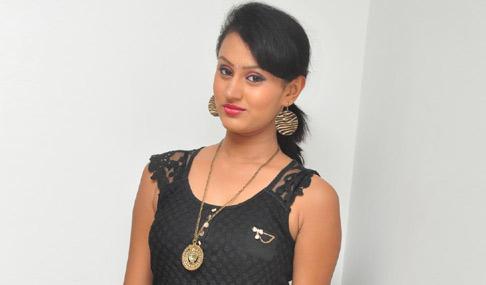 New Actress Archana Photos