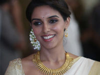 Asin Saree Photos