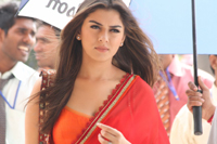 Hansika Spicy Saree Photos