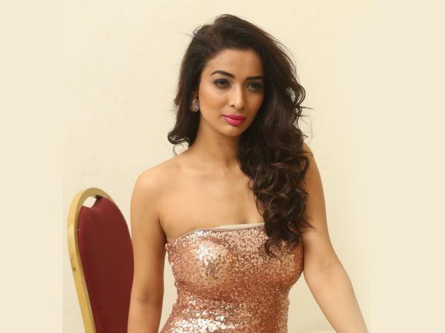 Heena Panchal Hot