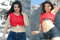 Parinidhi Hot Navel Show