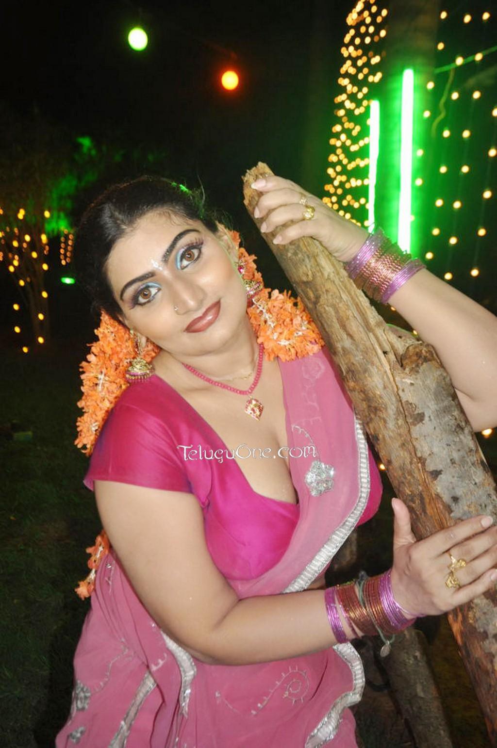 desi mallu aunty shilpa exposing photo search results calendar
