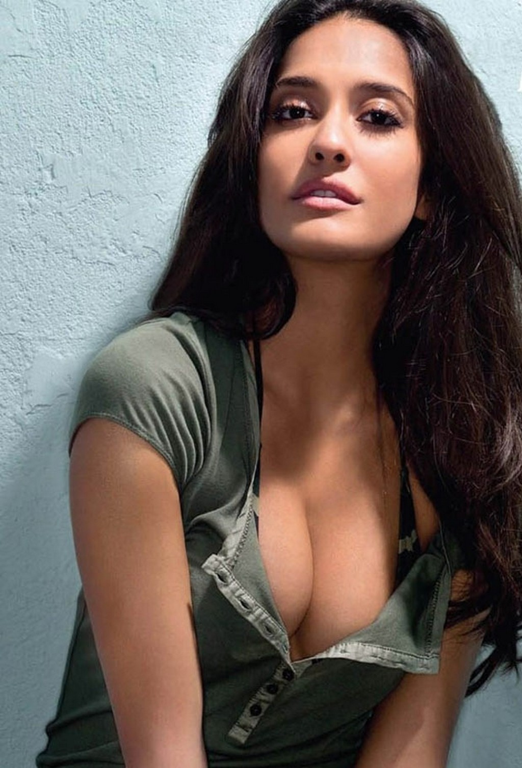 Download Lisa Haydon Hot And Sexy Latest HD Wallpapers Download ...
