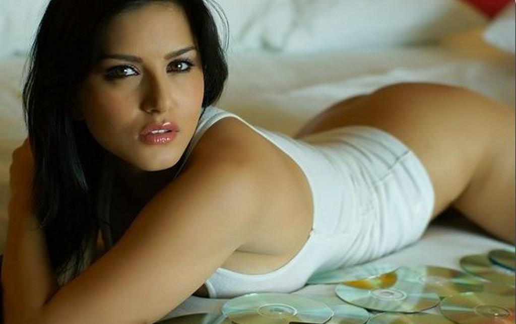 Actors Actress Events Hot Photos Kingsize Movies Others Wallpapers