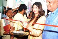 Kajal Launches Sareenikethan Shopping Mall