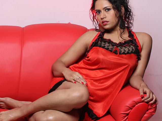 Maya Chandran Spicy Photos