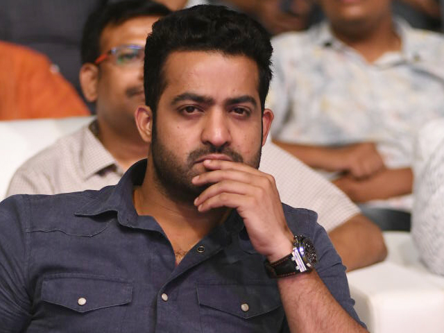 NTR Stills from Naa Nuvve Pre Release