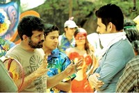 Nenokkadine Movie Working Stills