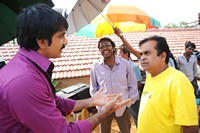 Nippu Working Stills