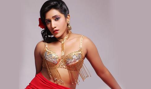 Nisha Hot