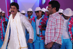 Poola Rangadu Latest Working Stills