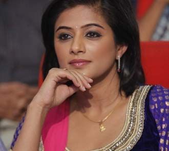 Priyamani Stills at Chandi Audio
