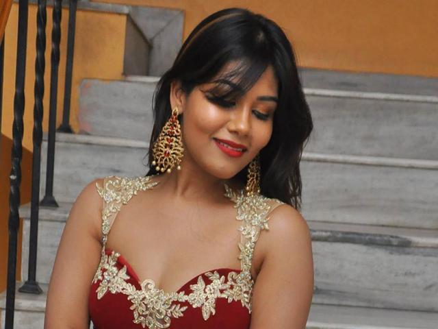 Rachana Smit Hot