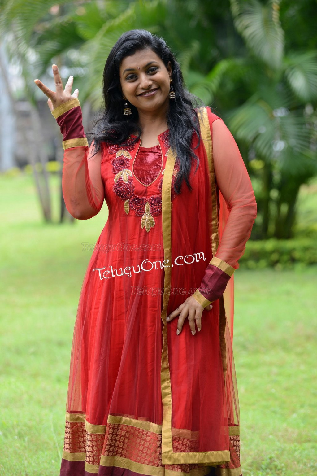 Chennai Aunty Pundai Nakki Stills Are Best To See When You Look For ...