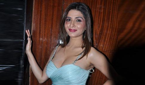 Shristi Sharma Hot