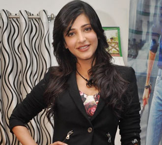 Shruti Hassan New Photos