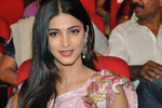 Shruti Hassan Stills in Gabbar Singh Audio