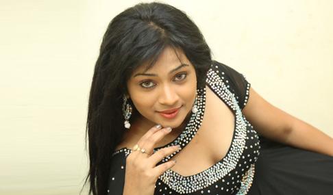 Swetha Shaini Hot