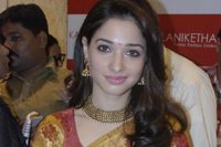 Tamanna Cute Photos in Saree