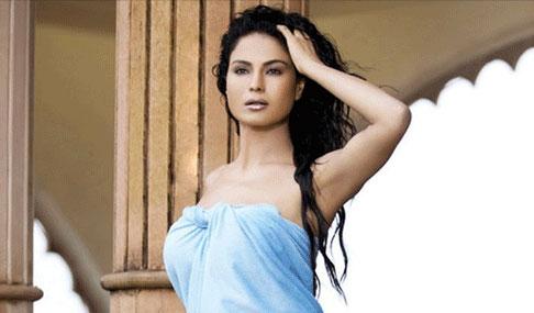 Veena Malik Hot Photos
