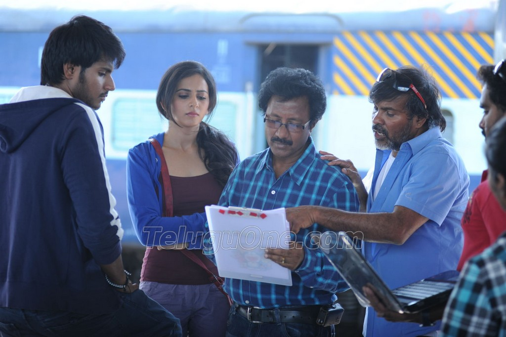 Venkatadri Express Working Stills