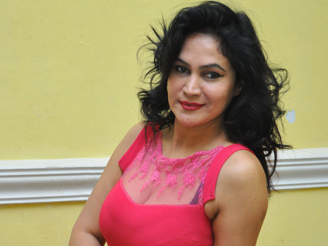 Vijaya Murthy Spicy Photos