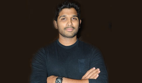 Allu Arjun at Pilla Nuvvu Leni Jeevitham Audio