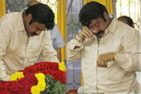 Balakrishna Pay Tributes to Bapu