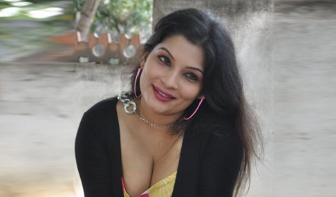 Mumtaz Hot Stills