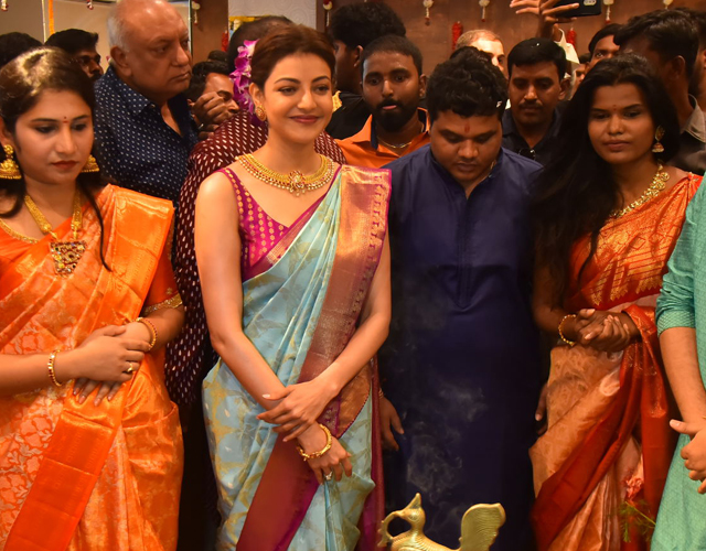 Kajal Agarwal Grand Launch of Vidhatri Shopping Mall