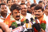Legend Team visits Yadagirigutta Temple