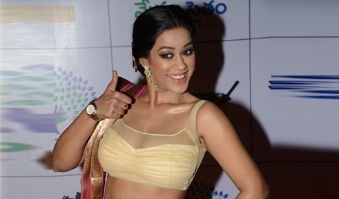 mumaith khan photos