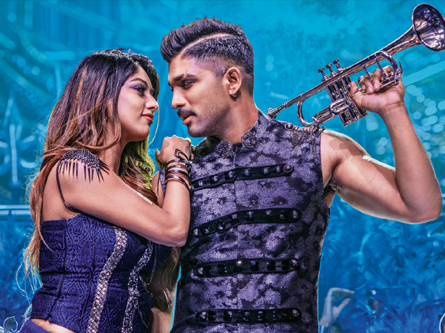 Naa Peru Surya Movie Working Stills