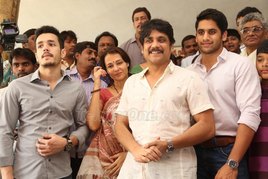 Actors In Sai Baba Telugu Movie