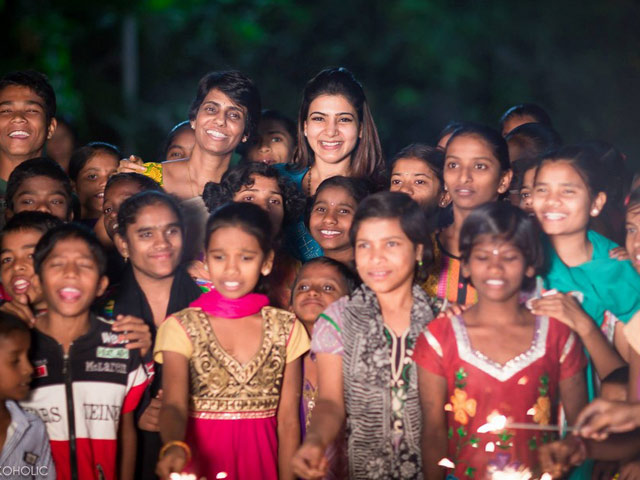 Samantha Celebrates Diwali at Desire Society