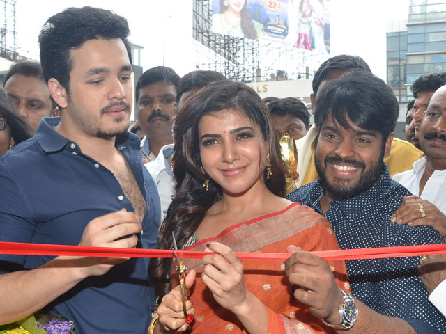 Samantha and Akhil Launch South India Shopping Mall