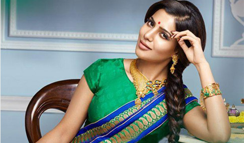 Samantha Poses For Jewel One Photos