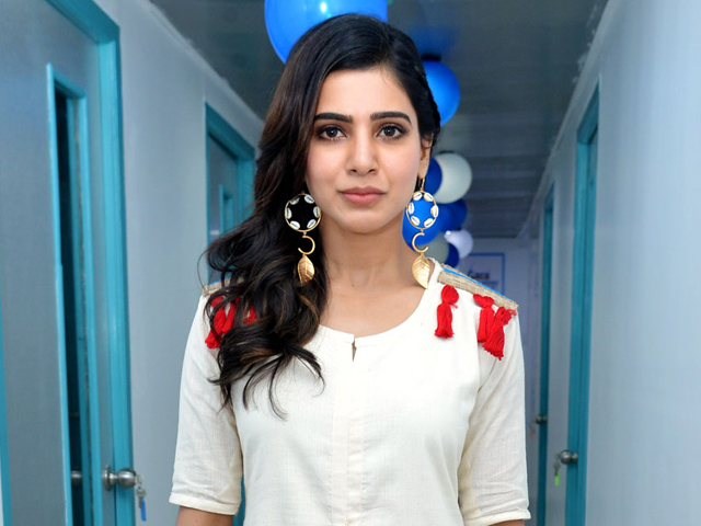 Samantha Gallery Actress