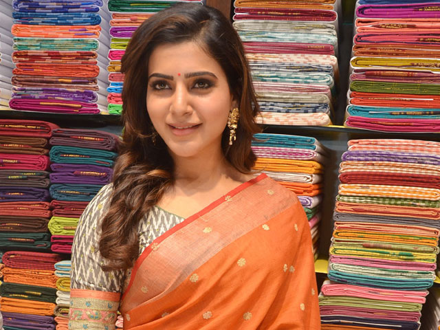 Samantha Saree Images