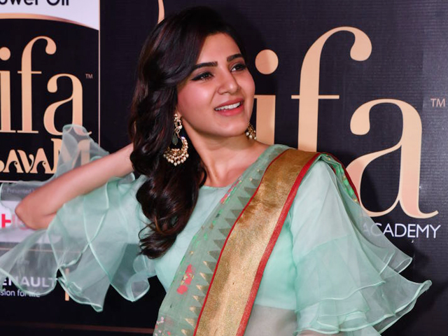 Samantha at IIFA 2017 Utsavam Awards