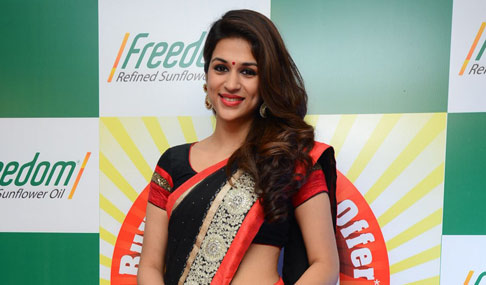 Shraddha Das Actress Photos