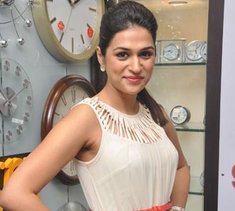 Shraddha Das New Photo Pics