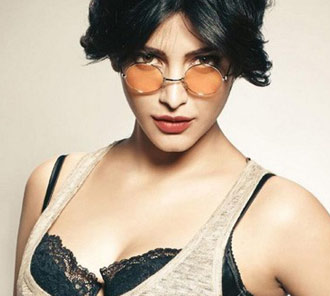 Shruthi Haasan FHM Hot Photo Shoot