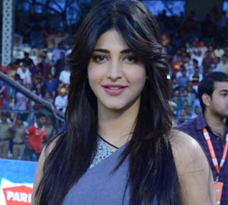 Shruti Hassan Photos at CCL4